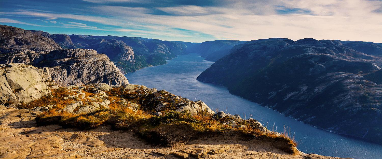 Utsikten innover Lysefjorden