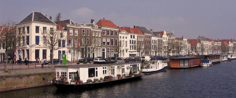 Bootshäuser am Kanaal door Walcheren