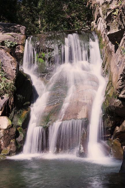 Jedna z atrakcji Szczawnicy - wodospad Zaskalnik