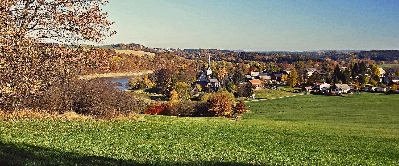 Idyllische Plauen-Herbstlandschaft