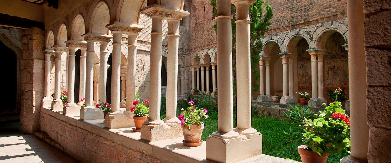 Claustro de la Colegiata de Santa María, en Alquézar