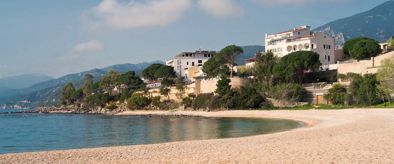 Genießen Sie Ihren Italien Urlaub direkt am Meer in Cala Gonone.