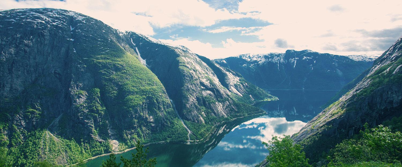 Eidfjorden, en sidefjord til Hardangerfjorden