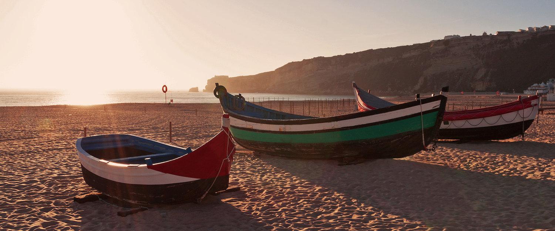 Barcos de Pescas Típicos da Região