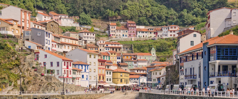 Puerto y casas de Cudillero