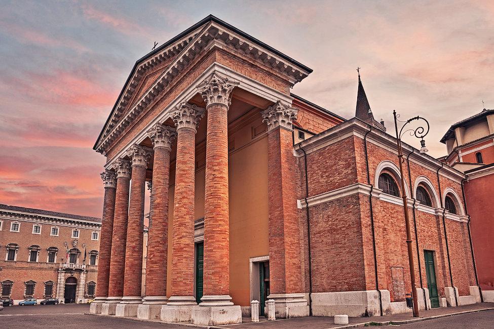 Case vacanze e appartamenti in forl economici holidu for Casa italia forli