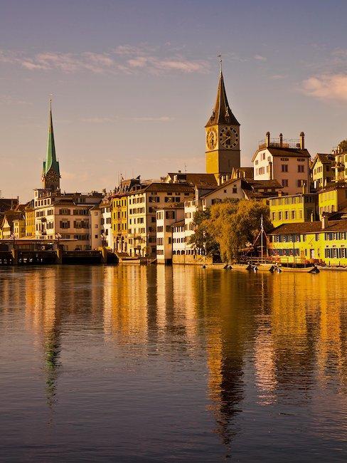 El amanecer en Zurich