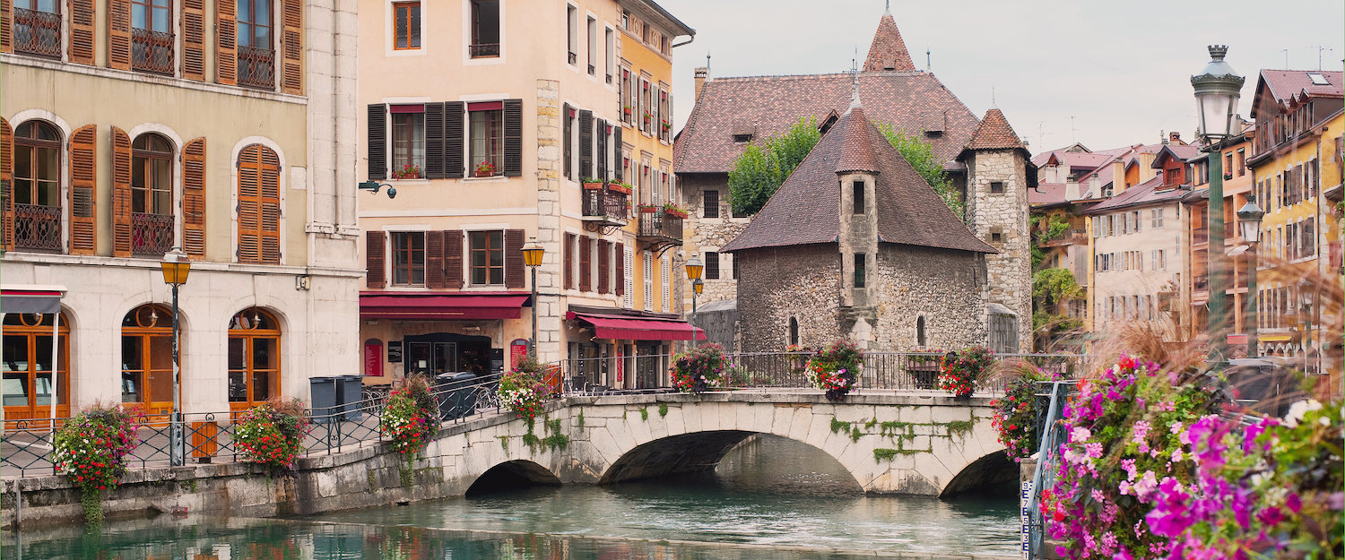 Holiday rentals & lettings in Annecy