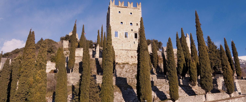 Altes Schloss aus der Römerzeit in Arco