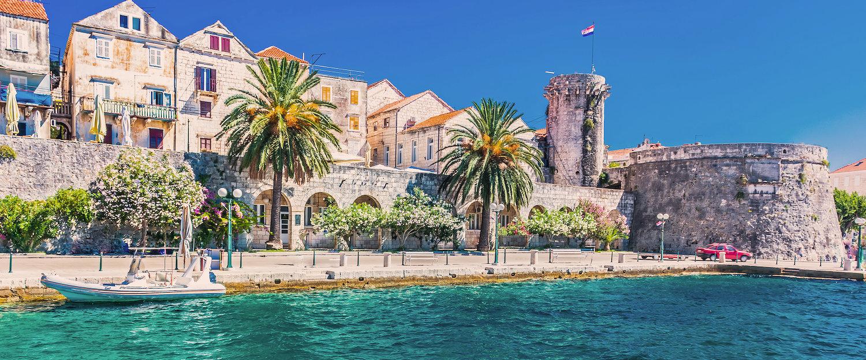 Entzückend Außergewöhnliche Ferienhäuser Galerie Von Strandpromenade Und Die Alte Kirche Von Korcula