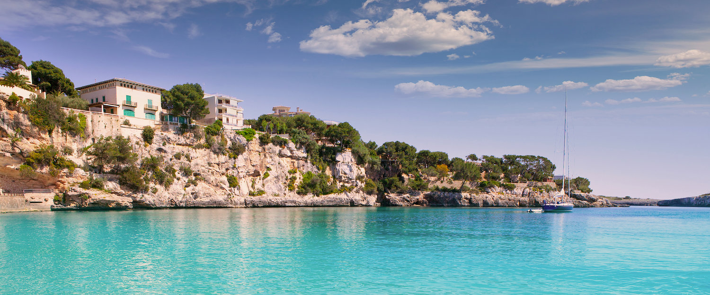 Klippe ved havet på Mallorca