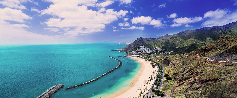 La playa de las Teresitas en el norte de Tenerife