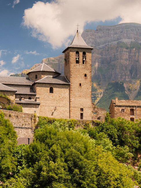 La iglesia de Torla