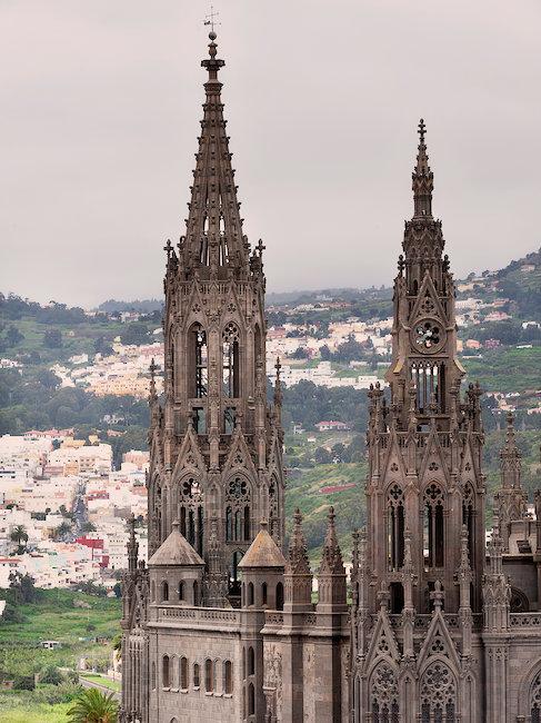 Neo-gotische Kathedrale: Iglesia de San Juan Bautista