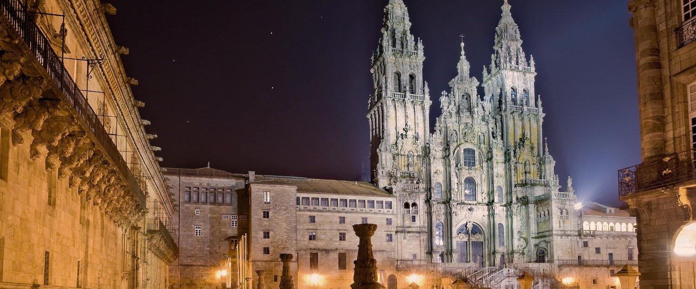 Santiago di Compostela in der Nacht
