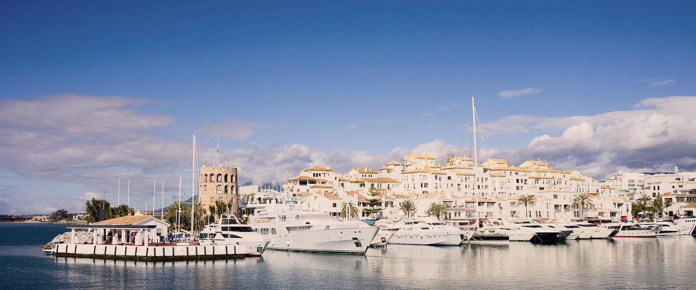 Un simbolo de la Costa del Sol: El puerto deportivo de Marbella