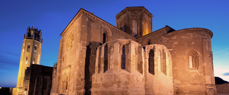 La Catedral de Lleida iluminada al atardecer