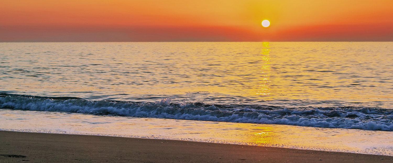 Puesta de sol en la playa de Torremolinos