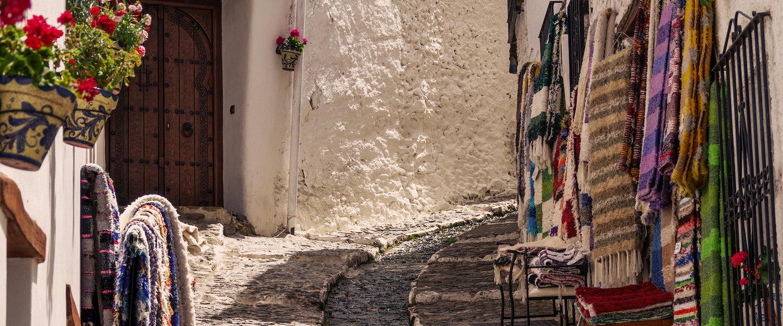 Las calles típicas alpujarreñas