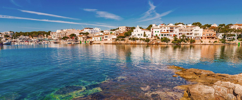 Apartamentos y villas en Portopetro