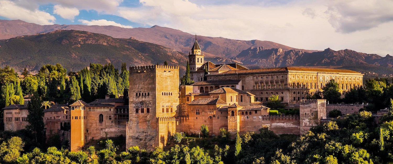 Holiday Homes & Rentals in Granada