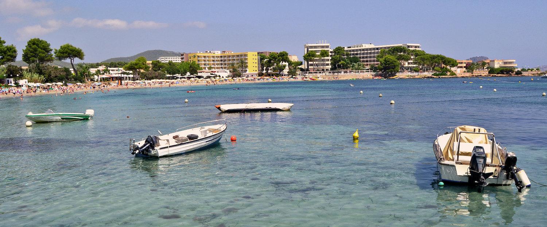 Vista de la playa Es Canar