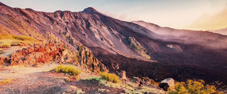 Il paesaggio lunare del Monte Etna.