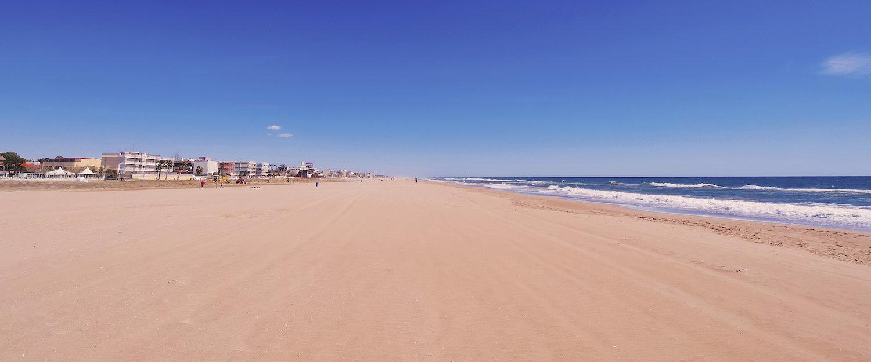 Preciosa vista de la playa de Casteldefels