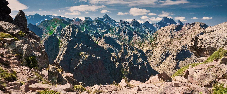 Gipfel der korsischen Berge